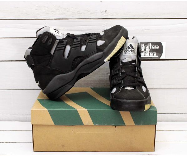 90´s ADIDAS EQUIPMENT Sneakers NWT
